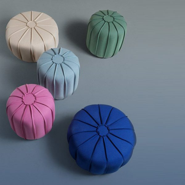 Poufs / Benches